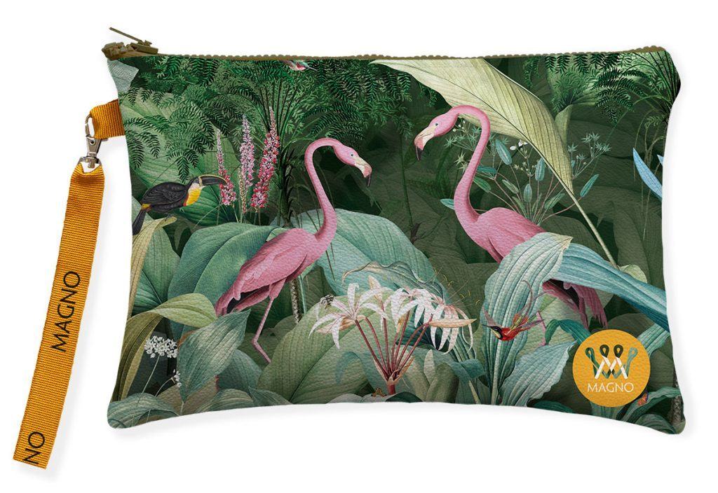 Flamingo-in-love